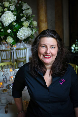 Laurie Edwards at Chic Weddings and Events In Kent